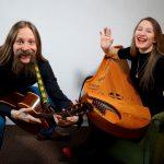 Aino & Miihkali säväytti monipuolisuudellaan Rääkkylän Kihaus Folk-festivaalilla